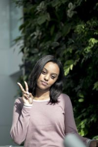 #ROGUESTORIES - Ruth B, Singer